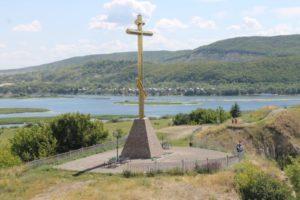 Покаянный крест на Царевом кургане