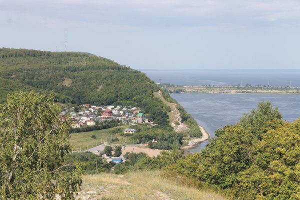 Вид на Могутову гору