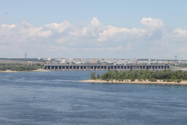Водосбросная плотина Жигулевской ГЭС