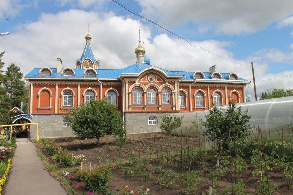 Экскурсия в Троицкий женский монастырь в селе Ташла