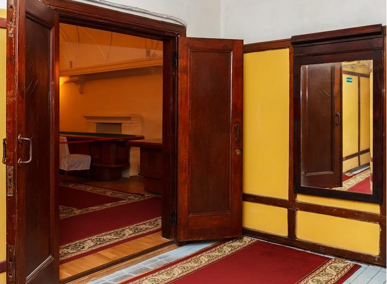 Вход в зал заседаний, бункер Сталина