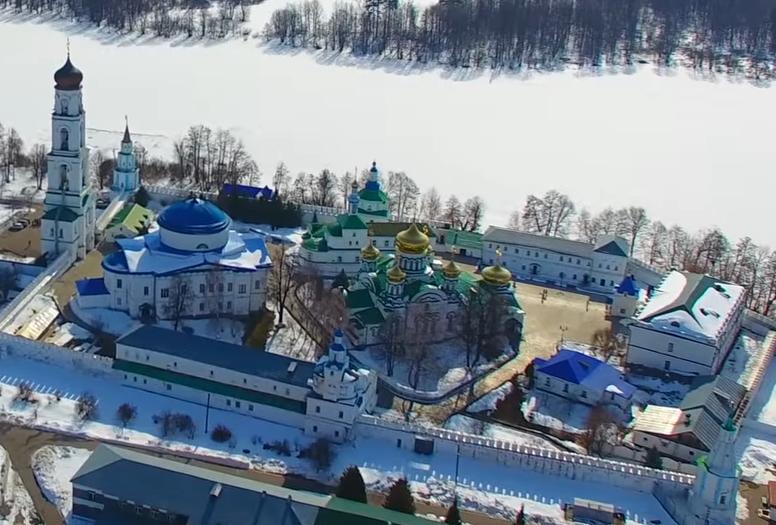 Раифский Богородицкий мужской монастырь с высоты птичьего полета