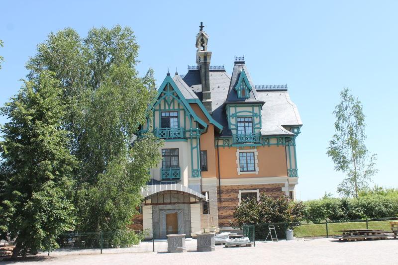 Коттедж у Замока Гарибальди в селе Хрящевка