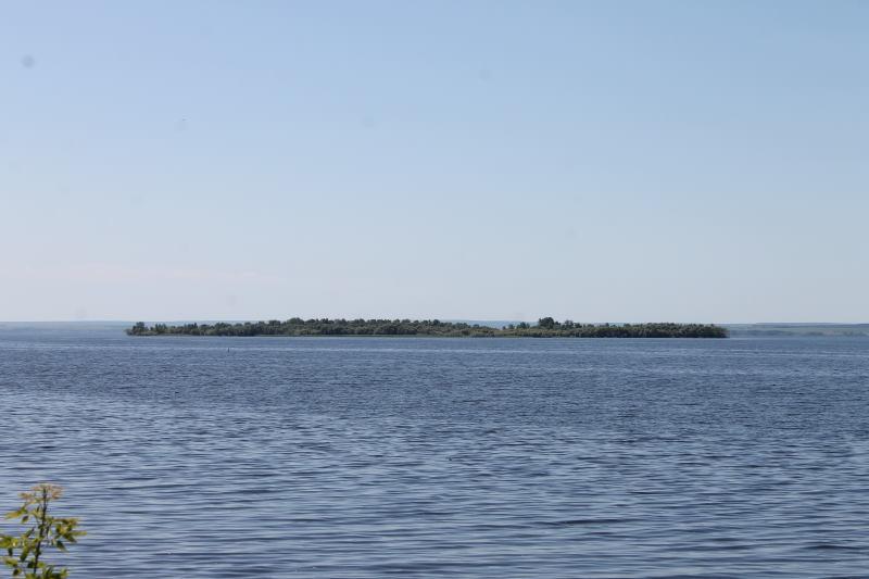 Вид на Куйбышевское водохранилище в селе Хрящевка