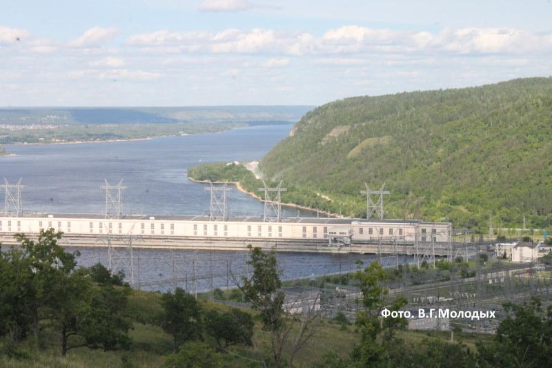 Жигулевская ГЭС и Могутова гора
