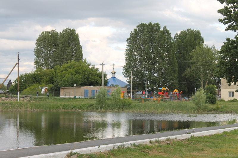 Озеро в селе Бахилово