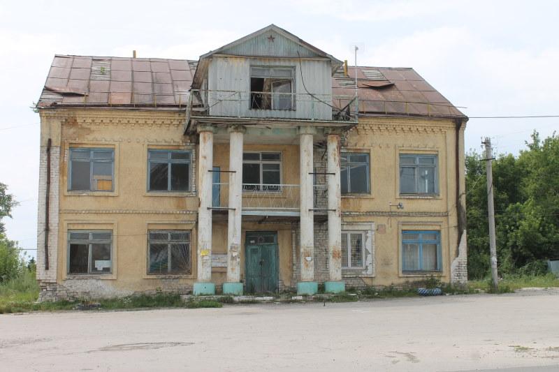 Бывшее здание администрации сельского поселения Усолье