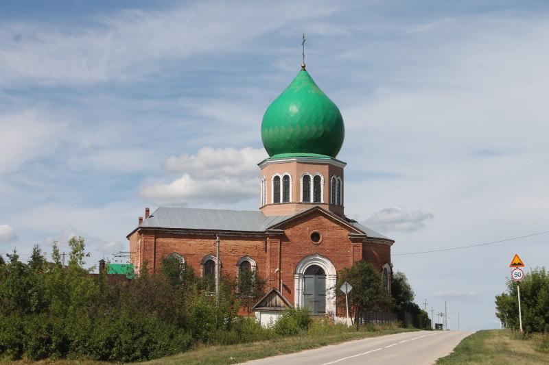 Храм во имя святых мучеников Космы и Дамиана село Брусяны