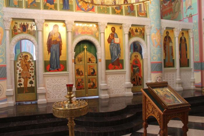 Храм во имя Святой Живоначальной Троицы в мужском монастыре с. Винновка