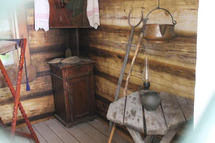 В музее Свято-Богородичного мужского монастыря Казанской иконы Божьей Матери село Винновка