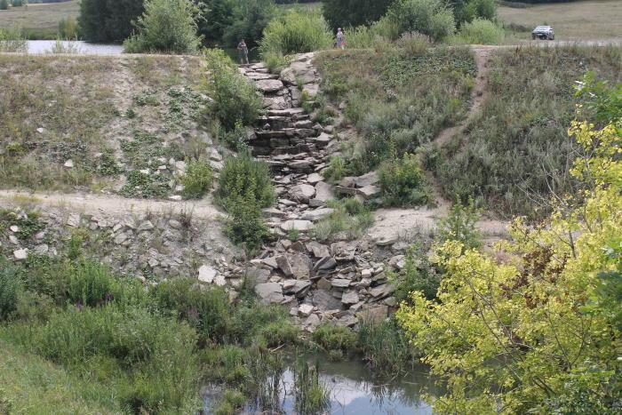 Водопад у села Сырейка