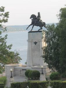 Памятник Василию Татищеву в Тольятти