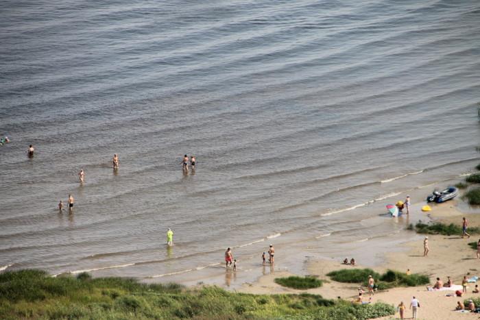 Пляж на реке Волга у села Ширяево