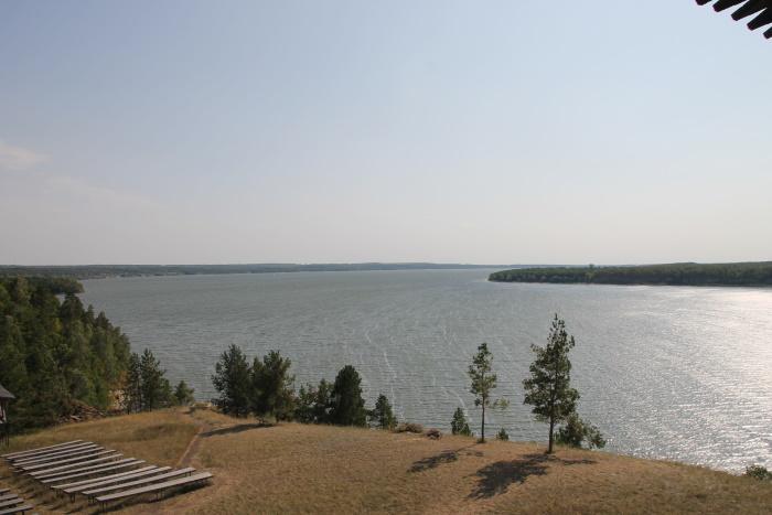 Река Уса в районе Богатырской слободы в нескольких километрах от села Жигули